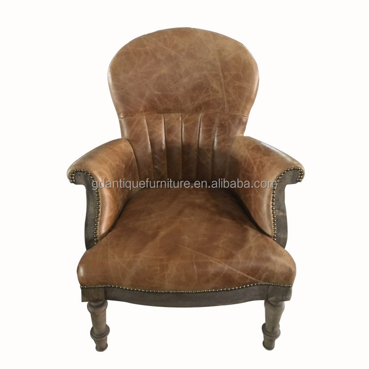 Antique style arm chair with solid wood frame for club, living room