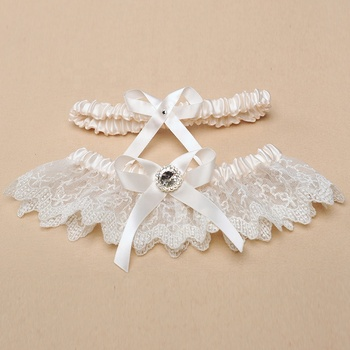 M8395 Decorative rhinestone White Flower Bridal Wedding Garter