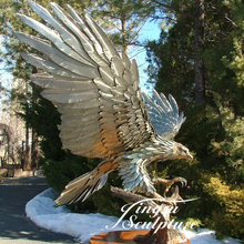 Large cast bronze eagle statue