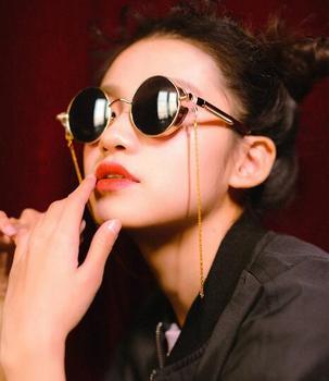 c593d3480e2 2017 Vintage Steampunk Harajuku Men Women Retro Round Chain Sunglasses