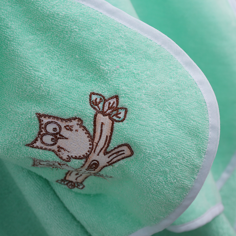 custom soft lightweight fleece cheap high quality white or color infant kids baby towel bathrobe