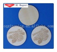 2012 new product round base plate wooden fridge magnets