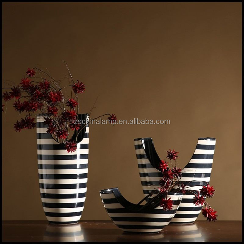 2017 New Ceramic Antique Vase With Black And White Stripe For Country Home Decor And Foshan Hotel Furniture