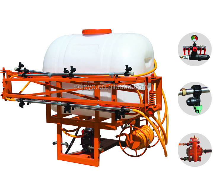 Agricultural tractor boom sprayer