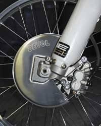 Devol Aluminum Disc Guards Rear - Yamaha YZ125 2003-2004 / YZ125/250 1999-2001 / YZ125/250 2002 / WR250F 2002-2008 / YZ250 2003-2004 / WR400/426 1999-2001 / YZ426/YZ426F 1999-2001 / WR426/YZ426F 2002 / WR450 2003-2008 / YZ450F 2003-2005 - 0105-5401