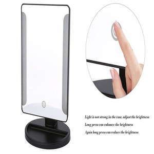 China 2 vertical best lighted make up mirror CE certificate compact beauty mirror with led light