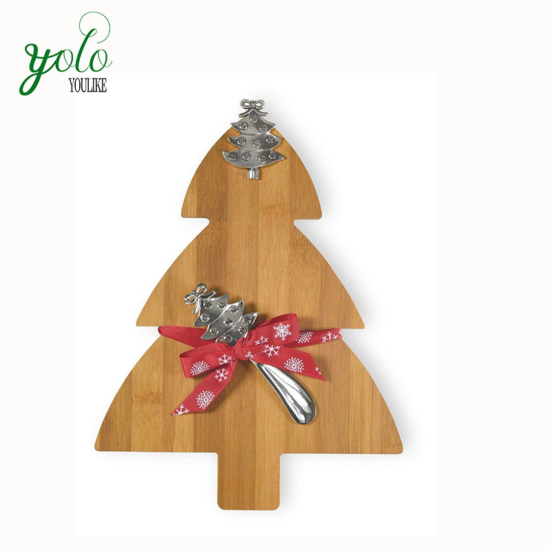 Wholesale Celebrate the Home Christmas Tree Bamboo Cutting Board