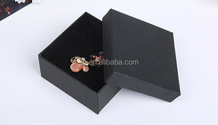 Wholesale kraft paper jewelry box gift packaging for ring,earring,etc