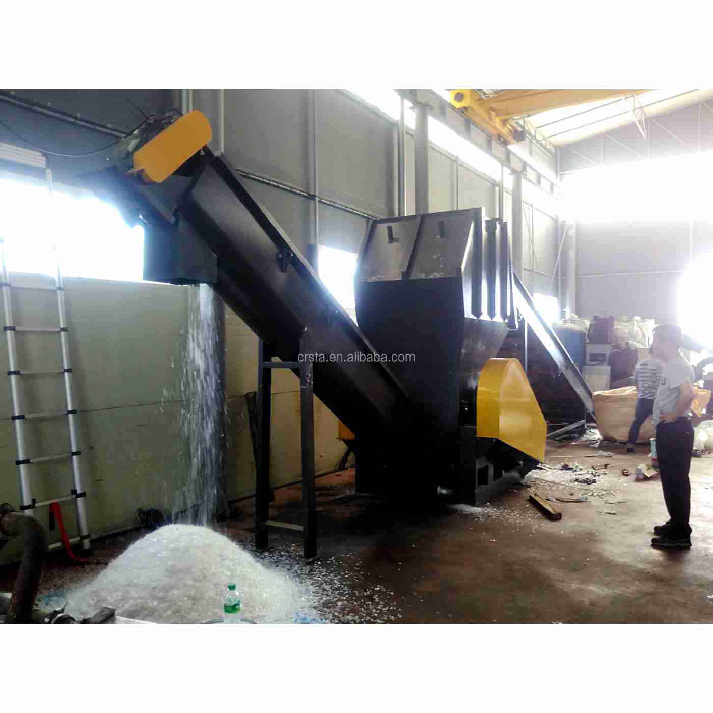 PC Sheet Plastic crushing /PC bottle grinding machine / Plastic PC Automobile Lampshade crusher machine Price