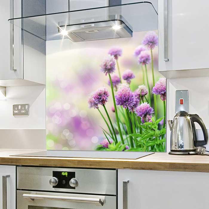 торжественный фотографии для стеклянной панели в кухню спектакля считают