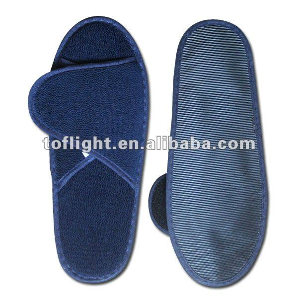 High-quality airline overnight travel amenities kit hotel amenities travel kit for airline AmericanAirlines airline Slipper