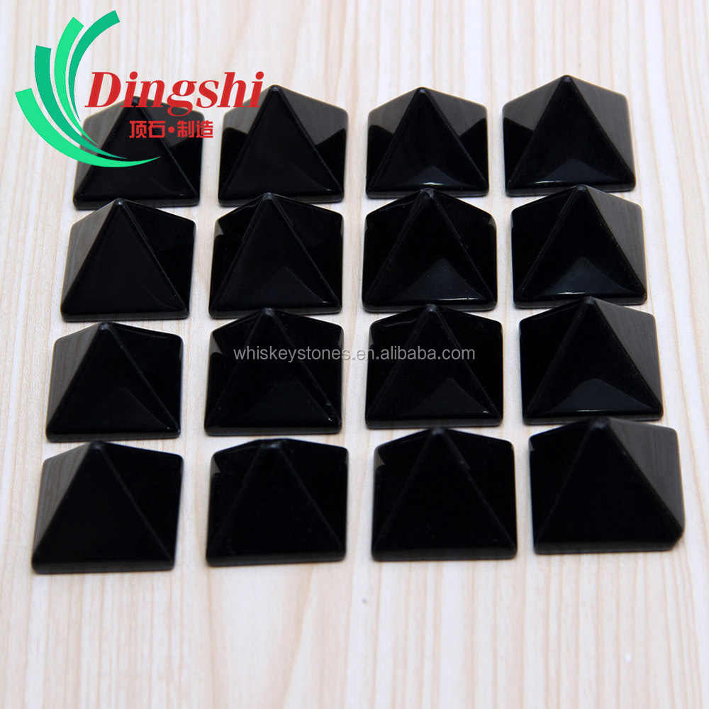 Wholesale Customized Natural Tumbled Black Obsidian Chakra Crystal healing Pyramid Paperweight for Engraving Gifts