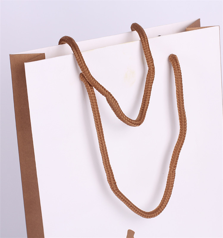 Recyclable Fashion And Handmade Custom Printing White Gift Paper Bag