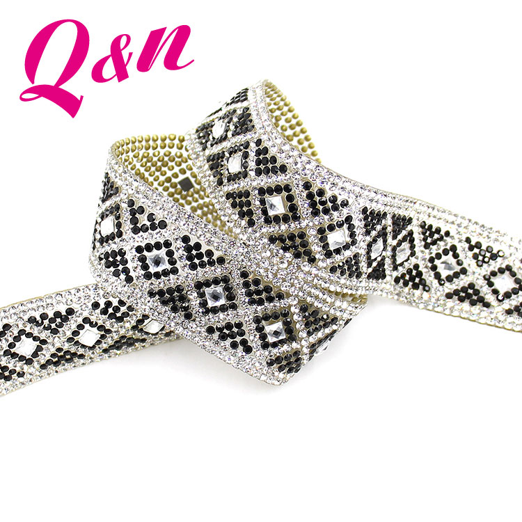 Wholesale New Design Decoration Hotfix Rhinestone Ribbon Mesh Transfer