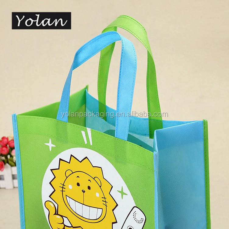 Top quality non woven bag Yiwu non woven laminated bag manufacturer