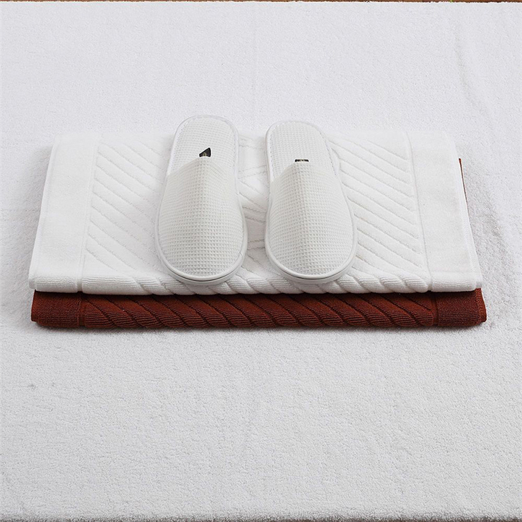 Five star waffle White design Disposable embroidery Personalized hotel slippers