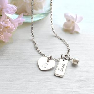 Inspire jewelry high quality heart engraved initial necklaces silver mini bar with pearl pendant necklace