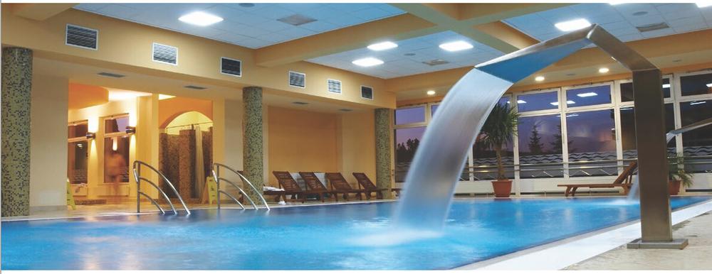 cortina de agua para piscina y spa piscina cascada
