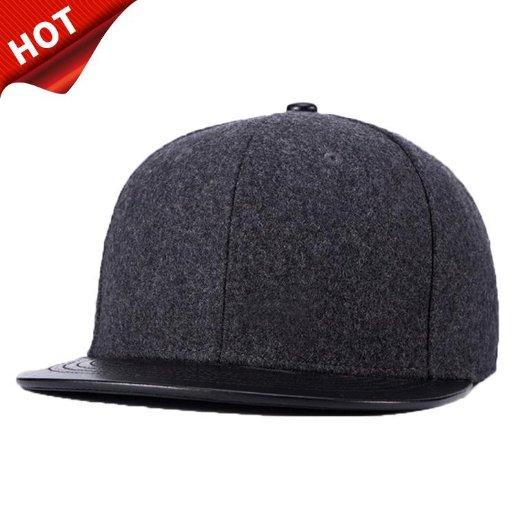 De alta qualidade em branco preto de couro liso liso bonés de lã aba curta  yupoong 8f0cf1b7771