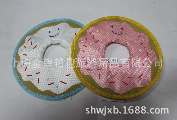 China manufacture smile face shaped frisbee dog playing pet toys