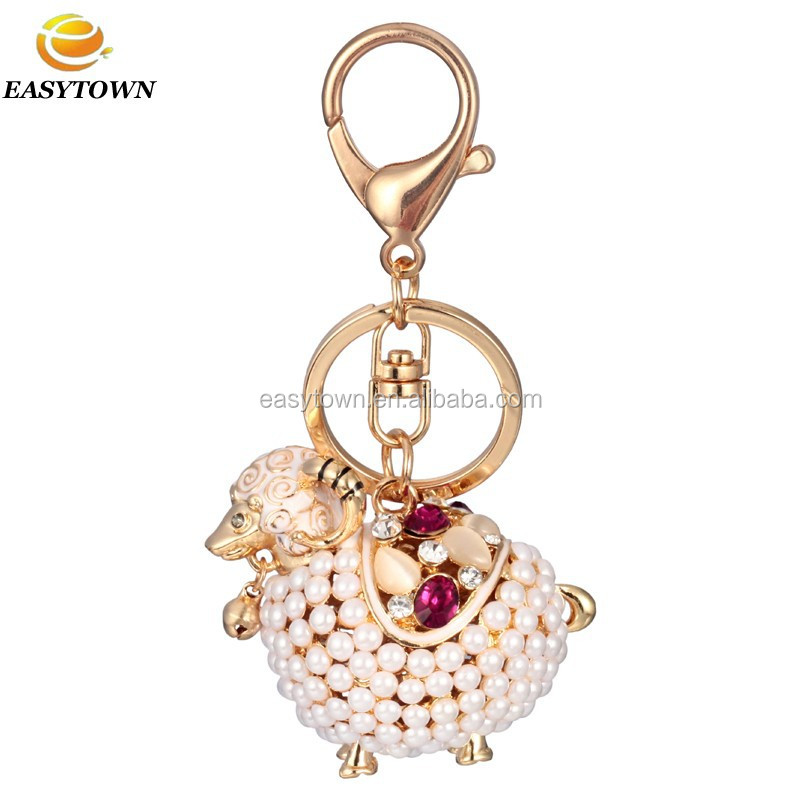 2015 Custom animal shaped keychain wholesale cartoon crafts fashion keychains pearl sheep keychain for promotional keyring