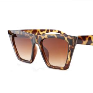 c24601d6ee Womens square PC frame oversized sunglasses custom logo gradient cat3 uv400  fashion sunglasses