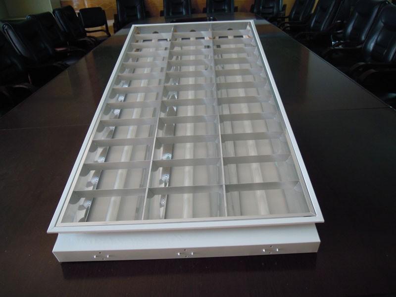 T8 Fluorescent Louver Office Surface Aluminum Reflector Mounted Lighting Fixture