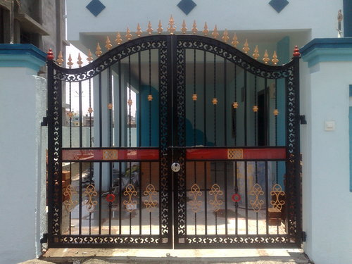 Iron gate grill designs iron gates design main gate design for Home gate architecture