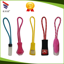Hot saling high quality low price double sided strong clothing zipper puller from factory