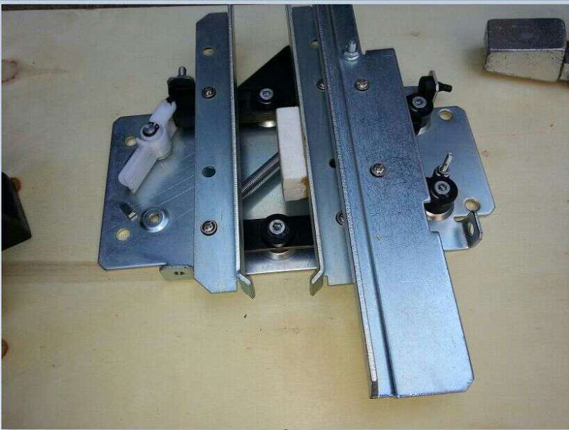 elevator door knife /retiring cam elevator door