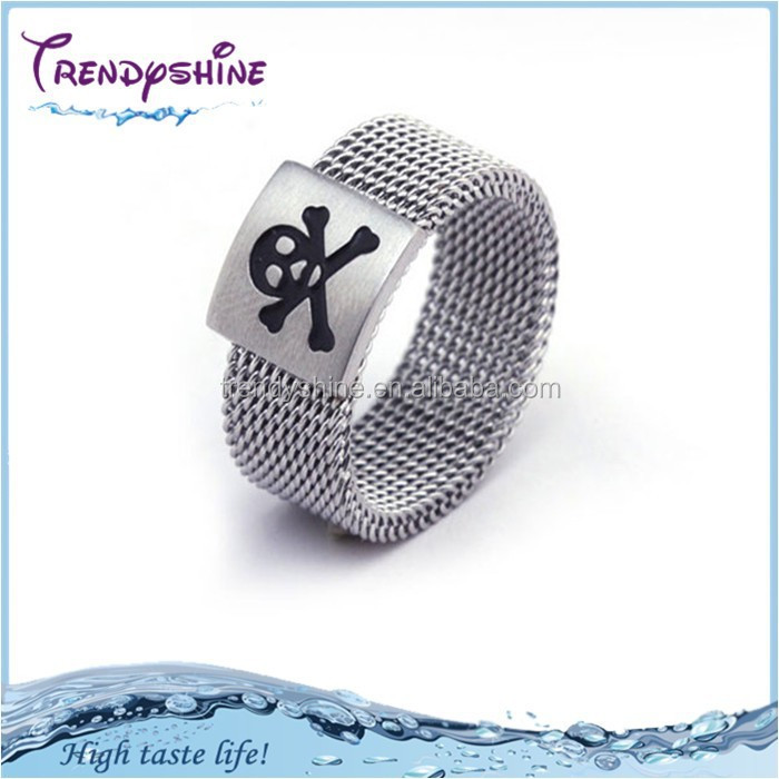 Wholesale women's silver engraving cheap skull ring