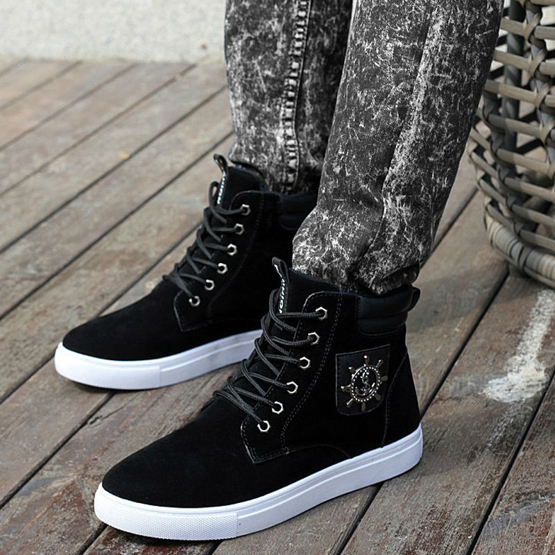 Excellent Quality Warm Winter Men Shoes High Top Canvas Casual Shoes Men Boots Autumn Leather Sneakers Metal Chain Male Flats Basic Boots