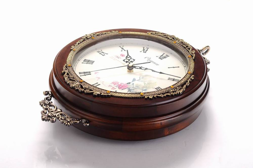 Antique Double Sided Antique Wooden Pendulum Wall Clock China