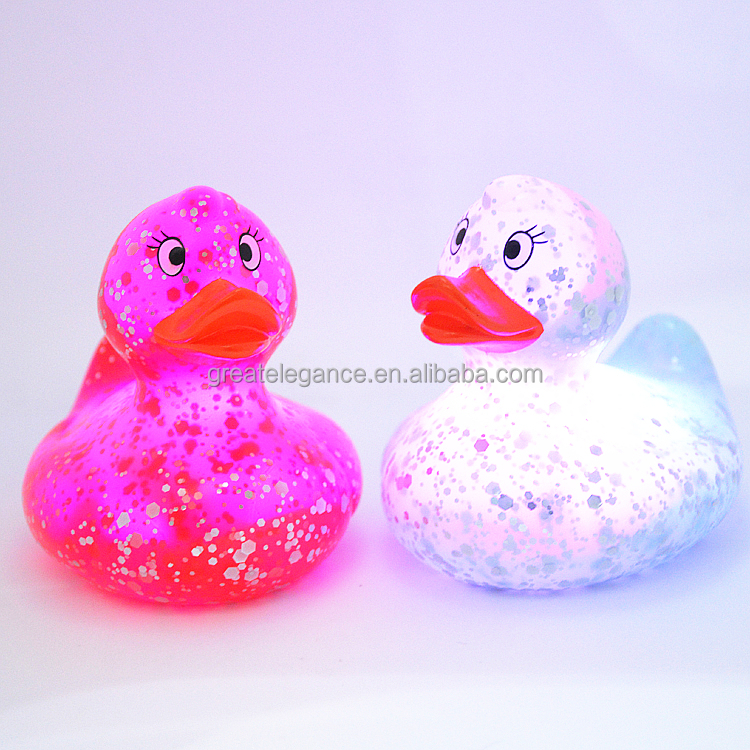 Hot Sale PVC Baby Floating LED Light Up Flash Glitter Bath Rubber Duck
