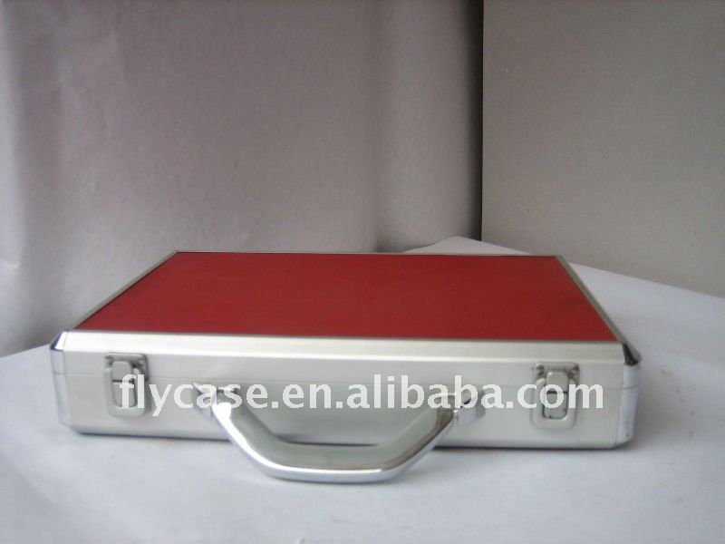 2013 new design red Aluminum briefcase with size 350*270*65MM with stronger handle .