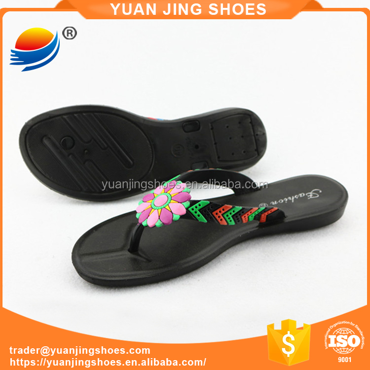 China Market Shoes Ladies Flat Sandals Low Price Ladies Sandals New Chappal Designs 1J652+7W