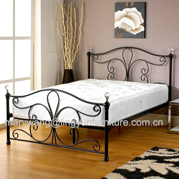 New White Metal Bedframe Bed Frame