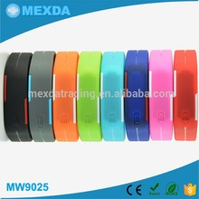 New wholesale gifts color rubber silicone strap kids led watches
