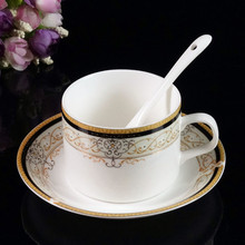 Di alta qualità fine bone China tazza di <span class=keywords><strong>tè</strong></span> piattino <span class=keywords><strong>set</strong></span>