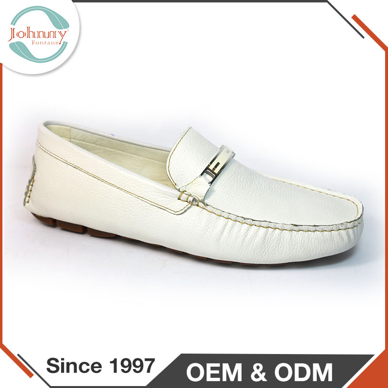 2017 China Wholesale Shoes Slip On White Walk Man Loafers