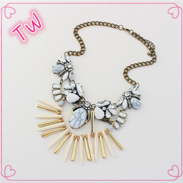 Best seller handmade <strong>accessories</strong> for women body chain jewelry,china factory price wholesale beaded tassel necklace with beads