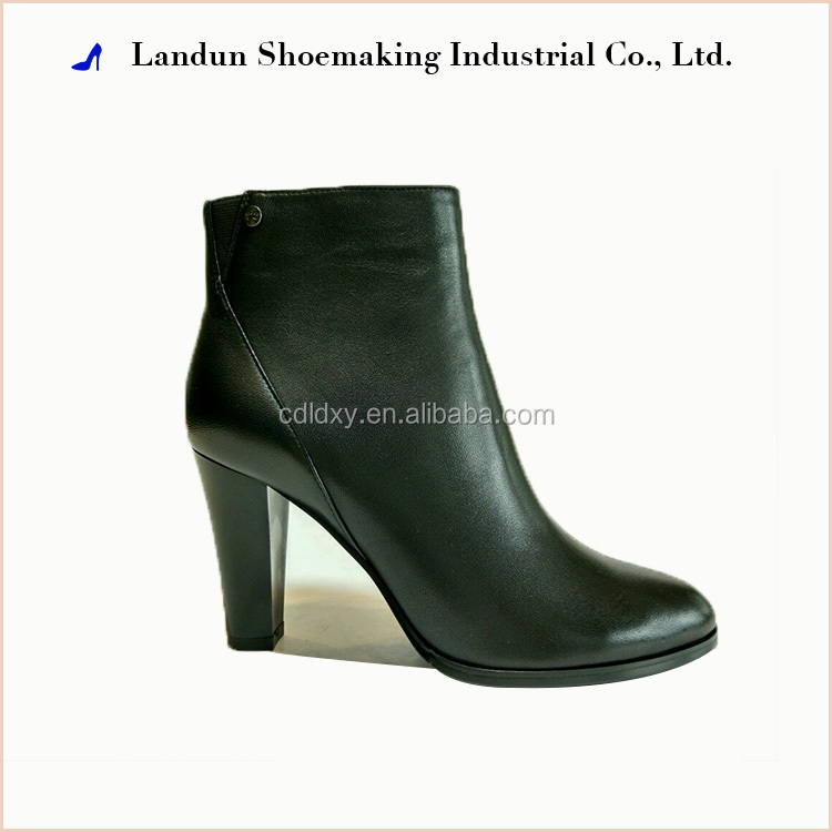 Factory supplier fashion ladies short rubber women winter boots