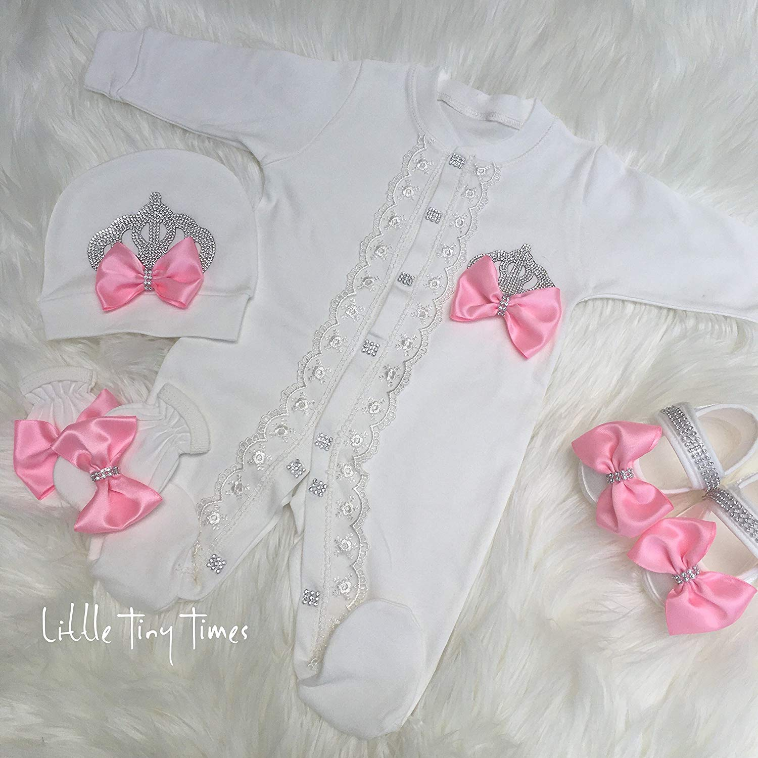 a85ca7a3a Newborn girl Take home outfit.Baby girl coming home outfit.Baby girls first  outfit.Baptism girl.Girl hospital outfit.Baby gift