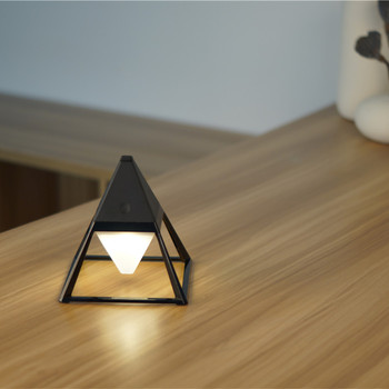 GX-L01 triangle chargeable a table lamp,modern table lamp