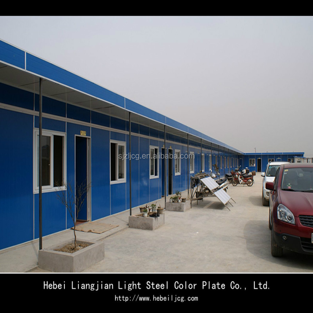 EPS sandwich panel flat roof design prefab house in low price
