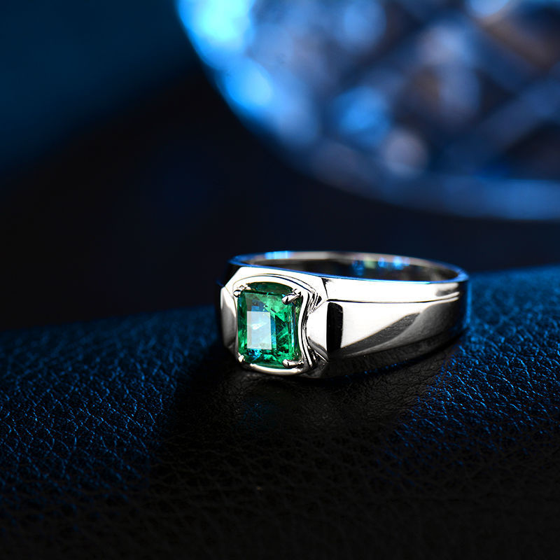 Gemstone Men Ring In 18K White Gold Natural Emerald Ring For Men