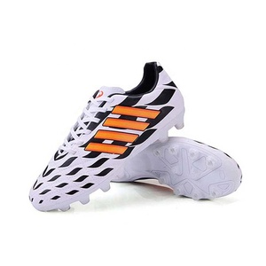Hot Selling Spikes Professional Outdoor Strike Football FG Soccer Cleats Shoes