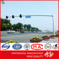 Hot Dip Galvanized Traffic Signal Light Pole with Camera for Commercial Areas