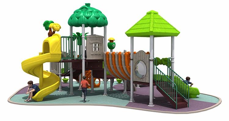 Montaggio di un parco giochi per bambini in giardino idee pratiche