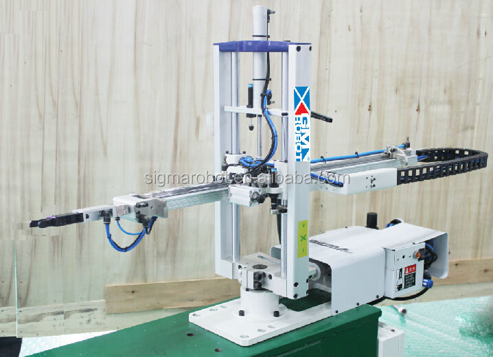In Mould Label System industrial servo Robot Arm Series for injection machine